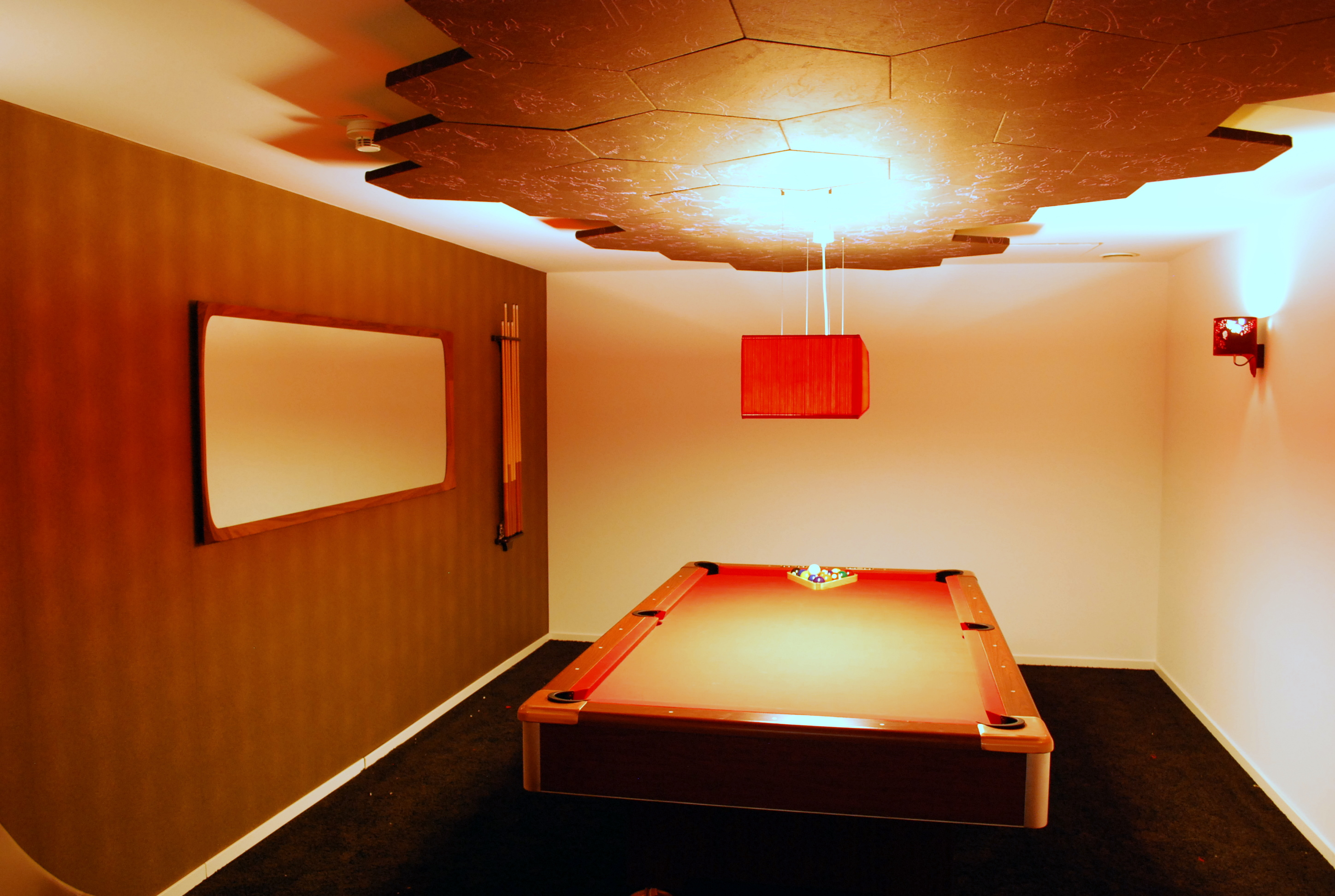 Open Space for Teams -- Serious fun in the Pool Billiard room